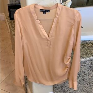 Elizabeth and James Silk Peach Blouse Size Large